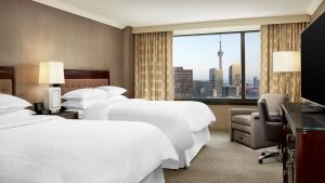 sheraton-she271gr-173735-club-double-bed-guestroom