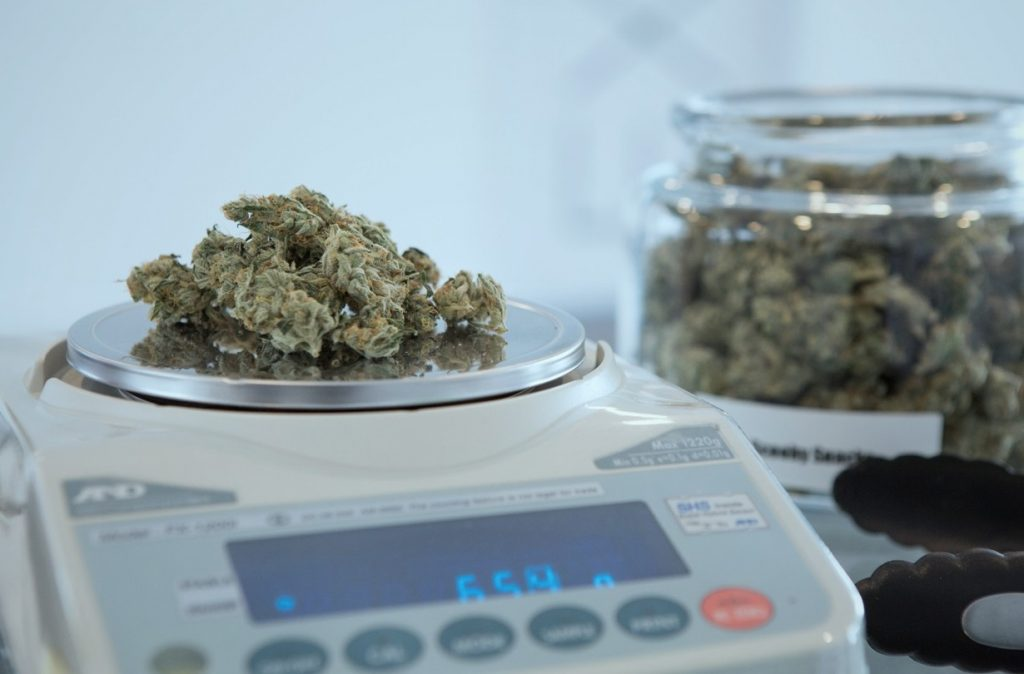 Underweight Cannabis from LPs a big problem?